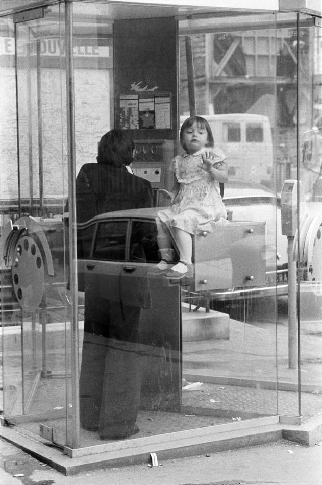 3229-0012-04-429_Paris, France, 1980